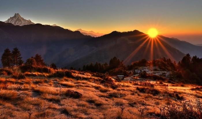 ghorepani-poon-hill-trek-sunrise