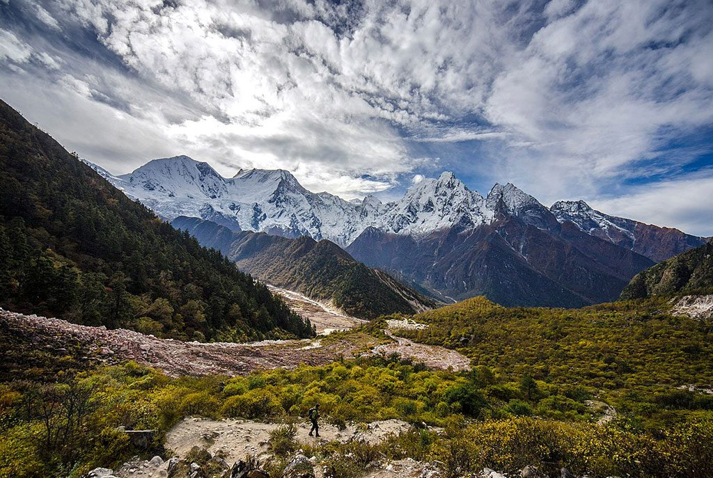 manaslu-circuit-trek-in-spring(March-April-May)